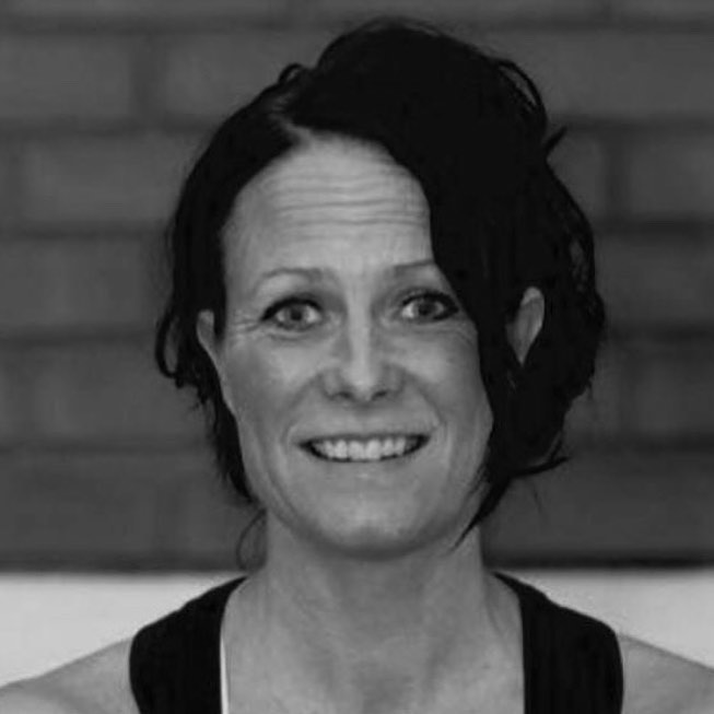Micaela Axdorph personlig träningscoach och instruktör funktionell styrka